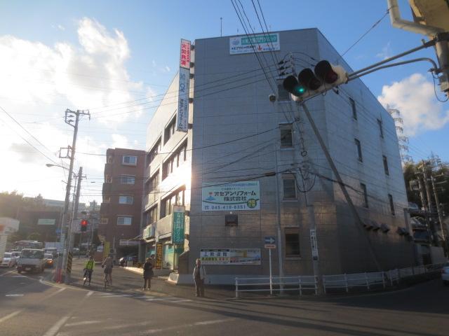 横浜市戸塚区戸塚町4711-1 オセアンビル4階